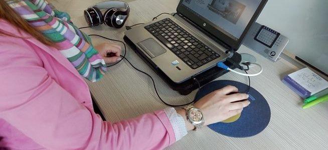 Cuida tu postura en CFC: Evita posturas forzadas de muñeca