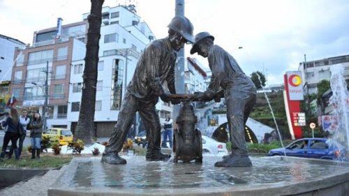 Homenaje a obreros