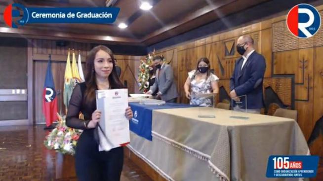 Diana Jiménez obtuvo su título de contadora pública